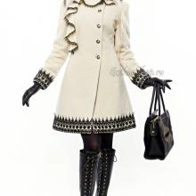 готическое женское пальто